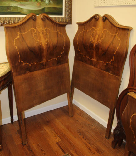 Gorgeous Pair Italian Inlaid Walnut Bombe Beds As-is Rare Style C1920 Small<br/>1900-1950 - 63551