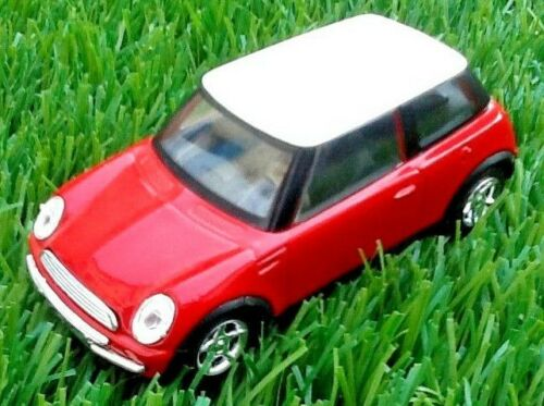 Voiture miniature New Mini  Solido