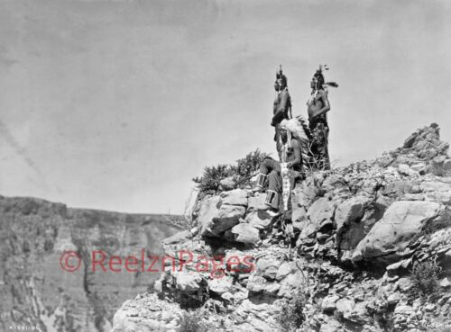 New Art Print 1905 Edward Curtis Photo 3 Crow Indians Watching The Signal  11X17