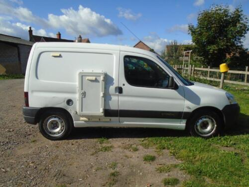 Citroen Berlingo 1.4 600 LX Catering Van, Double LPG Oven, 2004, Long MOT, Cat C <br/> Long MOT, Drives OK, Reliable, No Reserve, Great Value.