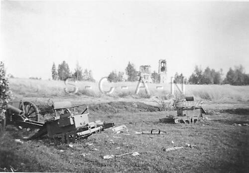 WWII German RP- Destroyed Artillery- Battle Damage- 40sPhotographs - 104000
