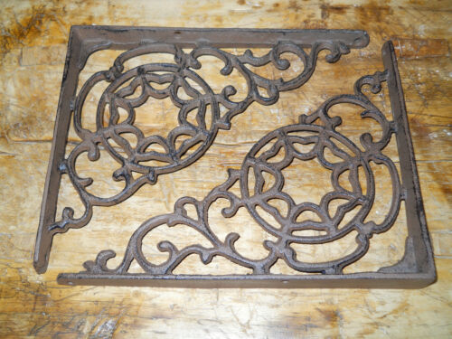 4 Cast Iron Antique Style LARGE WEB Brackets, Garden Braces Shelf Bracket <br/>Hooks & Brackets - 37913