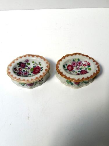 Antique 18th century Pair of Chinese Famille Rose Salt &amp; Pepper Cellars Dishes<br/>Bowls - 37921