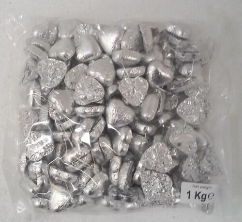 Silver Foil Wrapped Chocolate Hearts (1kg)