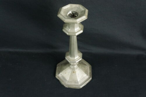 Nice Antique Pewter Candlestick, no marks, mid 19thC. 9 1/2&quot; [Y8-W7-A8-E8]<br/>Metalware - 1211