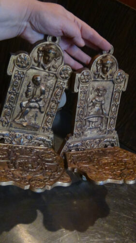 PAIR ANTIQUE VICTORIAN CAST IRON RELIEF COURT SCENE WALL HANGING GILT SHELFS,