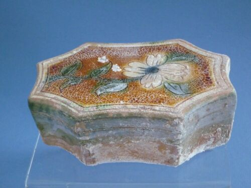 three-color carved pillow Liao Dynasty (907-1125)