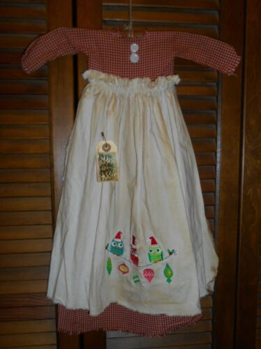 Primitive Wall Decor Dress RED CHECK W/ APRON Christmas Owls, Ornaments,Grungy