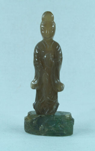 CHINESE CARVED STONE AGATE QUAN YIN SCULPTURE