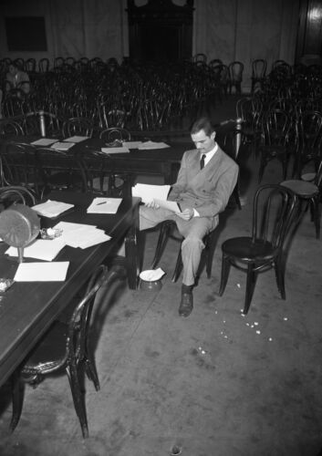 Art print POSTER / Canvas Howard Hughes Seated Reading Papers