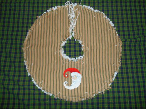 "CRESCENT MOON SANTA Embroidered Tree Skirt,18"",Christmas,Country"