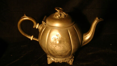 19th Cent. Pewter Britannia Metal Teapot with Floral Finial on Lid