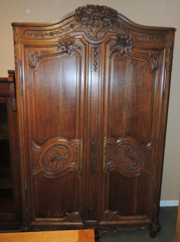 Fabulous 19th Century French Armoire 2 door oak & tiger wood beautifully carved