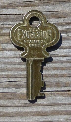 Antique Key  Excelsior 53250    Excelsior  53250 Key