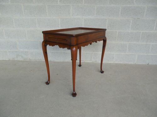 CW Kittinger Mahogany Queen Anne Leg Tea Table