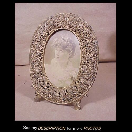 Antique Ornate Rococo Brass Finish White Metal Oval Picture Frame
