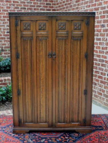 Antique English Oak Jacobean Tudor Style Large Wardrobe Amoire Cabinet Cupboard