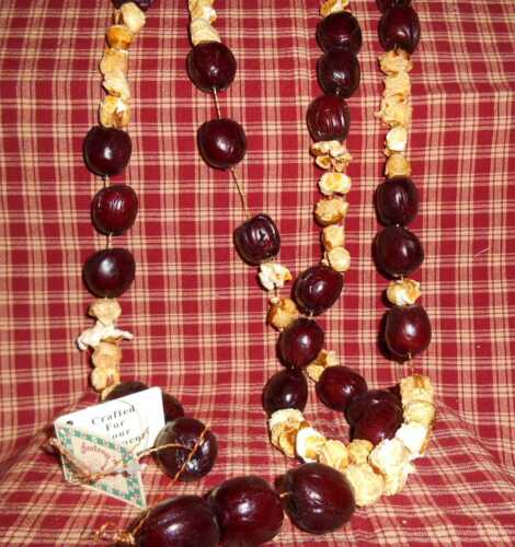"""Primitive Faux Popcorn & Chestnuts Christmas Tree Garland, 76"""",Country,Shabby"""