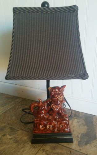 Red black ceramic porcelain Foo dog with baby Foo table lamp