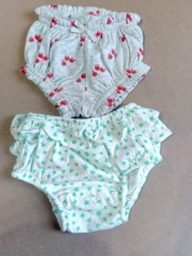 BABY GAP 2 girls diapers cover SIZE 0-3 months nwot