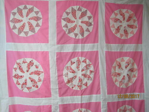 Vintage Quilt Top pink & white Whirl