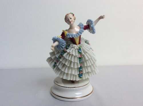 Lovely dresden sitzendorf porcelain lady Blue lace figurine figure