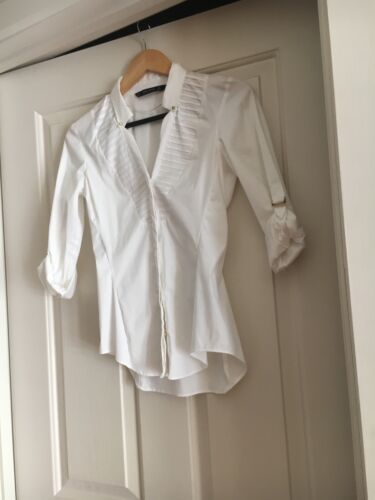 NEW Zara white shirt with button down closure and rolled up sleeves size XS