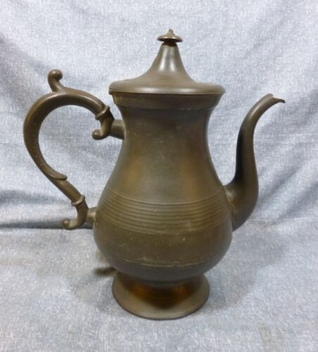 Antique Footed Baluster Pewter Teapot by John Munson of CT, circa 1846-1852