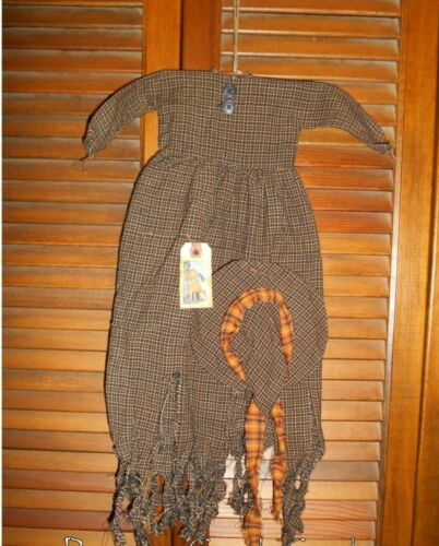 Primitive Decor Wall Dress Black & Tan Plaid RAGGEDY WITCH, HAG Halloween,Grungy
