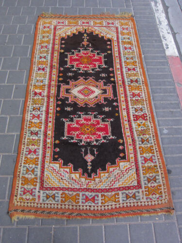 VINTAGE  ANTIQUE MOROCCAN WOOL CARPET RUG HAND MADE 192x99-cm / 75.5x38.9-inches