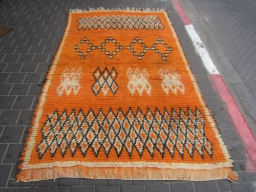 VINTAGE ANTIQUE MOROCCAN WOOL CARPET RUG HAND MADE 236x140-cm /92.9x55.1-inches