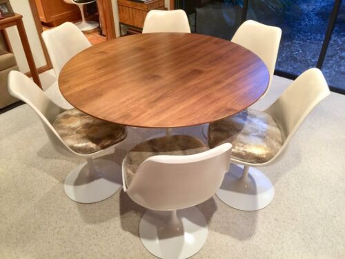 "~KNOLL, ""TULIP"" PEDESTAL DINING SET, by Eero Saarinen (Cast-Iron Base Table)!!!~"