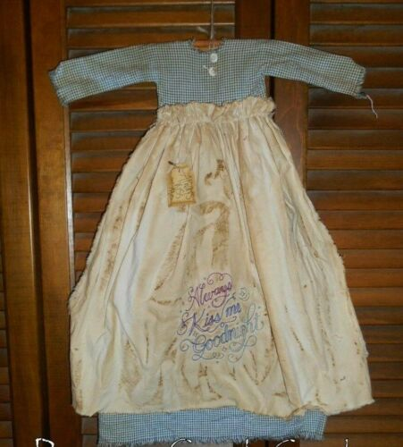 Primitive Wall Dress ALWAYS KISS ME GOODNIGHT Blue w/ Apron, Grungy,Valentine