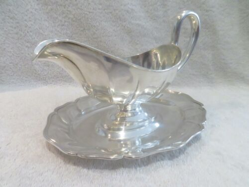 1900 dutch 833 silver sauce boat 18th c style (twisted shape) Van Kempen 485g
