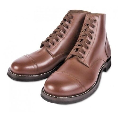 MODEL I TYPE II RUSSET LOW BOOTS REINFORCED WITH RUBBER SOLES.