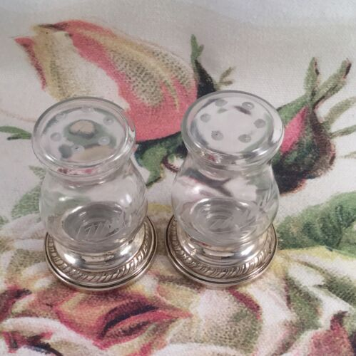 Vintage Quaker Hurricane Solid Sterling Silver and Glass Salt Pepper Shakers