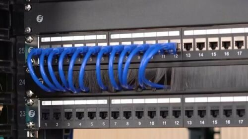1RU Brush Panel Cable Management for 19 Inch Rack Mount Cabinets