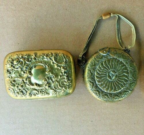 VICTORIAN BRASS HAND PURSE & SOAP DISH.