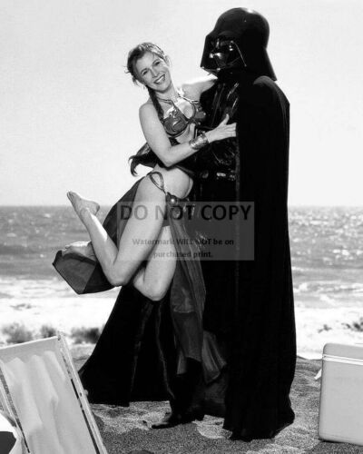 """CARRIE FISHER AS """"PRINCESS LEIA"""" STAR WARS - 8X10 PUBLICITY PHOTO (MW147)"""