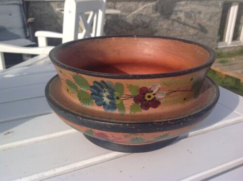 Norwegian Antique Rosemaling Wooden Ale Bowl with the nice os pattern (NEW PRICE