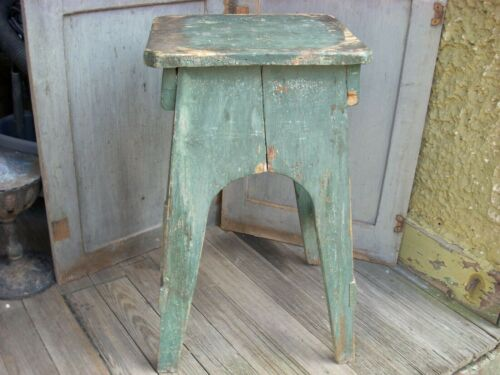 Antique Primitive Wood Stool Stand Old Green Paint Splayed Legs 24""