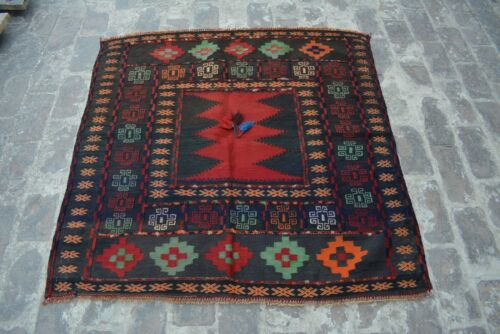 """4'1 x 4'2  FT Gorgeous Vintage""""Square Floral"""" Handmade Stunning Tropical Rug"""
