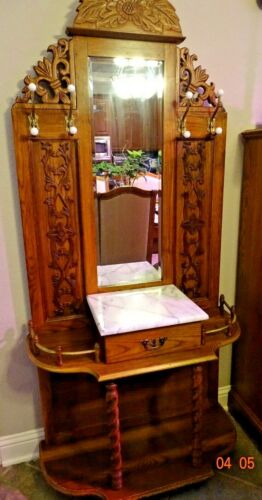 OAK VINTAGE JACOBEAN-STYLE HALL TREE WITH MIRROR, MARBLE TOP AND TURNED LEGS