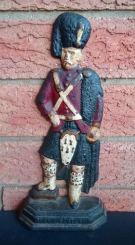 BONNIE SCOTLAND 19th Century CAST IRON DOOR STOP HIGHLANDER BLACK WATCH SOLDIER