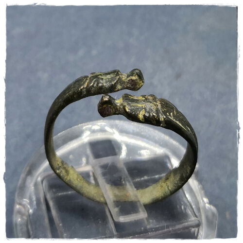 ** SNAKES ** ANCIENT BRONZE CELTIC RING!!! 1,82g