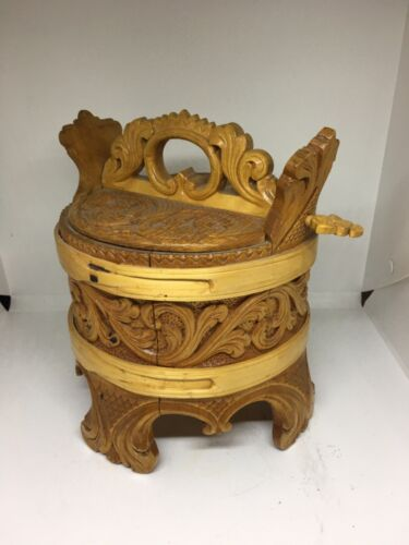 RARE NORWEGIAN CARVED GRAUTAMBER OR TINE WITH ROSEMALED PATTERN SIGNED