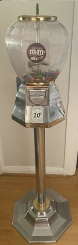 Gorgeous Chrome 70's 20 Cent dual port gumball machine with key RRP $1200