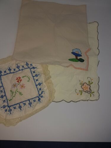 Vintage Hankies/Doilies X 3 - Preowned (freshly washed but not soaked)