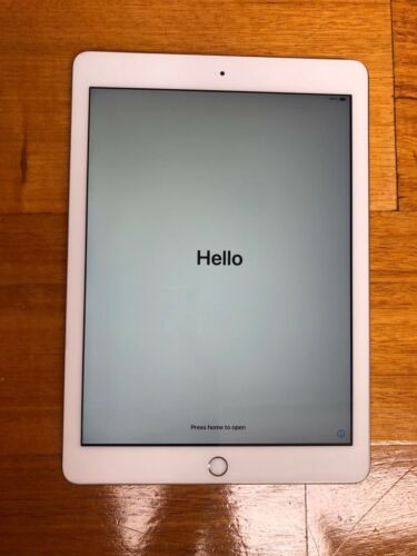 Apple iPad 5th Generation 128gb-Gold in box with charger. Excellent Condition.