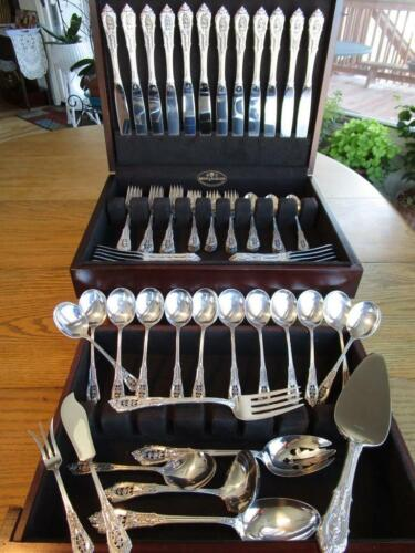 PERFECT* WALLACE ROSE POINT STERLING FLATWARE SET-S-12+SERVERS+CHEST*80P*MINT***